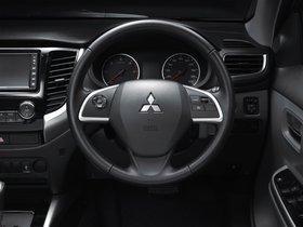Ver foto 6 de Mitsubishi L200 Triton Double Cab 2015