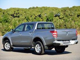 Ver foto 14 de Mitsubishi L200 Triton Double Cab 2015