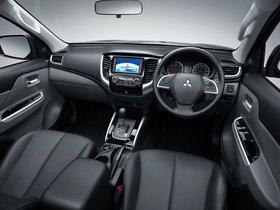 Ver foto 5 de Mitsubishi L200 Triton Double Cab 2015