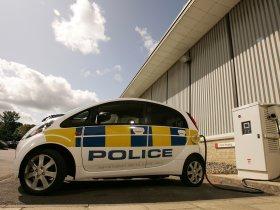 Ver foto 8 de Mitsubishi i-MiEV UK Police 2009