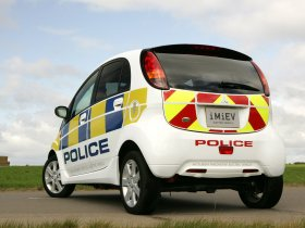Ver foto 2 de Mitsubishi i-MiEV UK Police 2009
