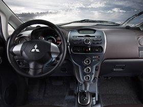 Ver foto 22 de Mitsubishi i-MiEV USA 2011