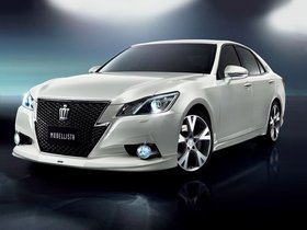 Fotos de Modellista Toyota Crown Athlete 2013