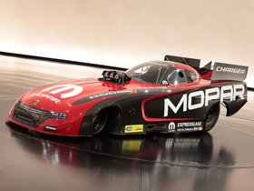 Ver foto 2 de Dodge Charger RT Funny Car Mopar 2015
