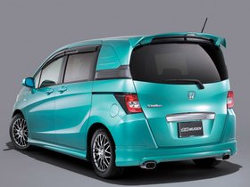 Ver foto 2 de Mugen Honda Freed Spike 2010