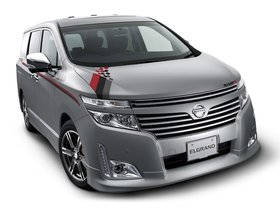 Fotos de Nissan Nismo Elgrand S-Tune 2011