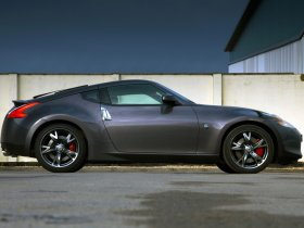 Ver foto 5 de Nissan 370z Black Edition UK 2010