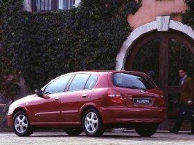 Ver foto 2 de Nissan Almera 2000