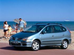 Ver foto 14 de Nissan Almera Tino 2000
