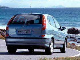 Ver foto 11 de Nissan Almera Tino 2000