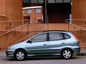 Ver foto 9 de Nissan Almera Tino 2000