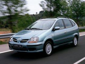 Ver foto 24 de Nissan Almera Tino 2000