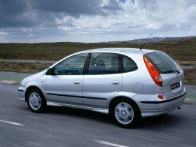Ver foto 21 de Nissan Almera Tino 2000