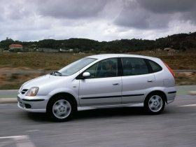 Ver foto 20 de Nissan Almera Tino 2000