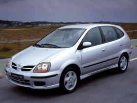 Ver foto 19 de Nissan Almera Tino 2000
