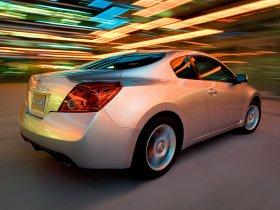 Ver foto 5 de Nissan Altima Coupe 2009