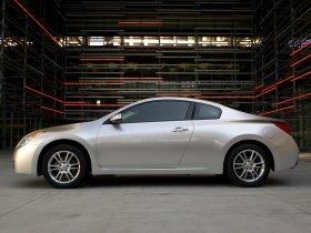 Ver foto 4 de Nissan Altima Coupe 2009