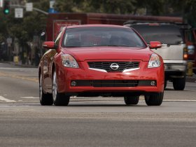 Ver foto 14 de Nissan Altima Coupe 2009