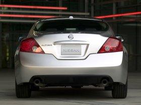 Ver foto 10 de Nissan Altima Coupe 2009