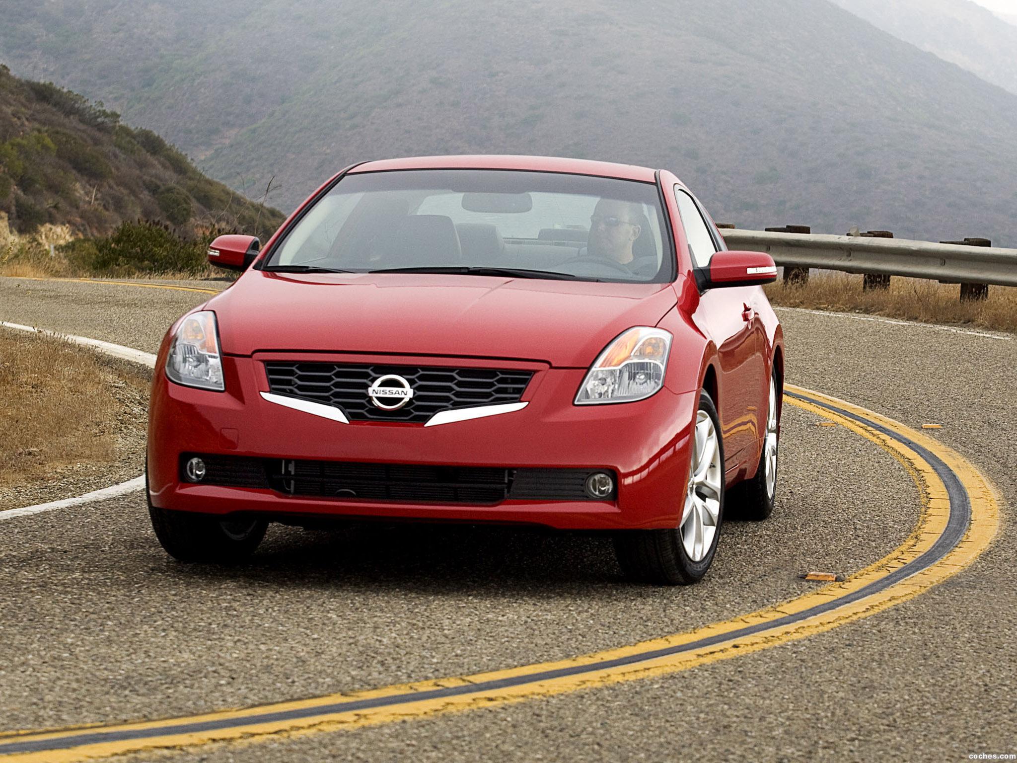 Foto 0 de Nissan Altima Coupe 2009