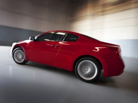 Ver foto 10 de Nissan Altima Coupe 2010