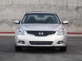 Ver foto 6 de Nissan Altima Sedan 2010