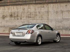 Ver foto 3 de Nissan Altima Sedan 2010