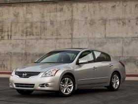 Ver foto 2 de Nissan Altima Sedan 2010