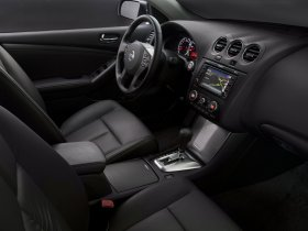 Ver foto 17 de Nissan Altima Sedan 2010