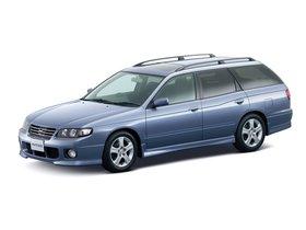 Ver foto 10 de Nissan Avenir 1999