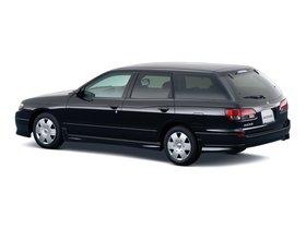 Ver foto 4 de Nissan Avenir 1999