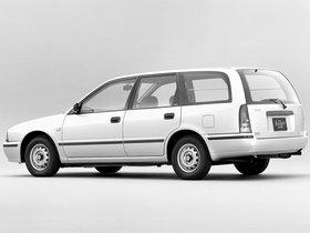 Ver foto 2 de Nissan Avenir Cargo W10 1990