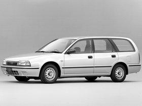 Fotos de Nissan Avenir Cargo W10 1990