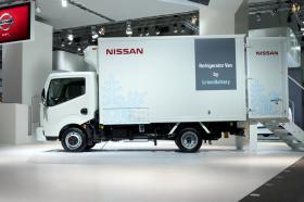 Ver foto 35 de Nissan Cabstar NT400 Chasis Cabina 2014