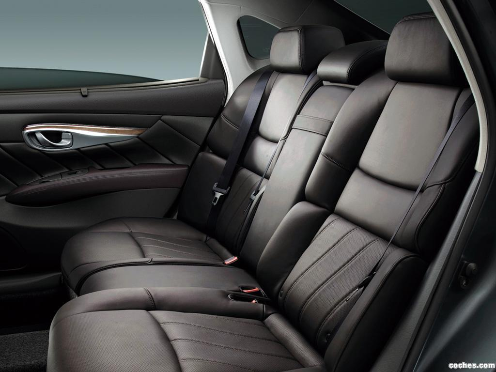 Foto 12 de Nissan Cima Hybrid HGY51 2012