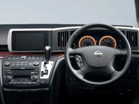 Ver foto 14 de Nissan Elgrand E51 2002