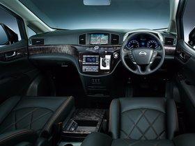 Ver foto 2 de Nissan Elgrand E52 2014