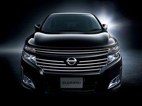 Ver foto 1 de Nissan Elgrand J42H 2010