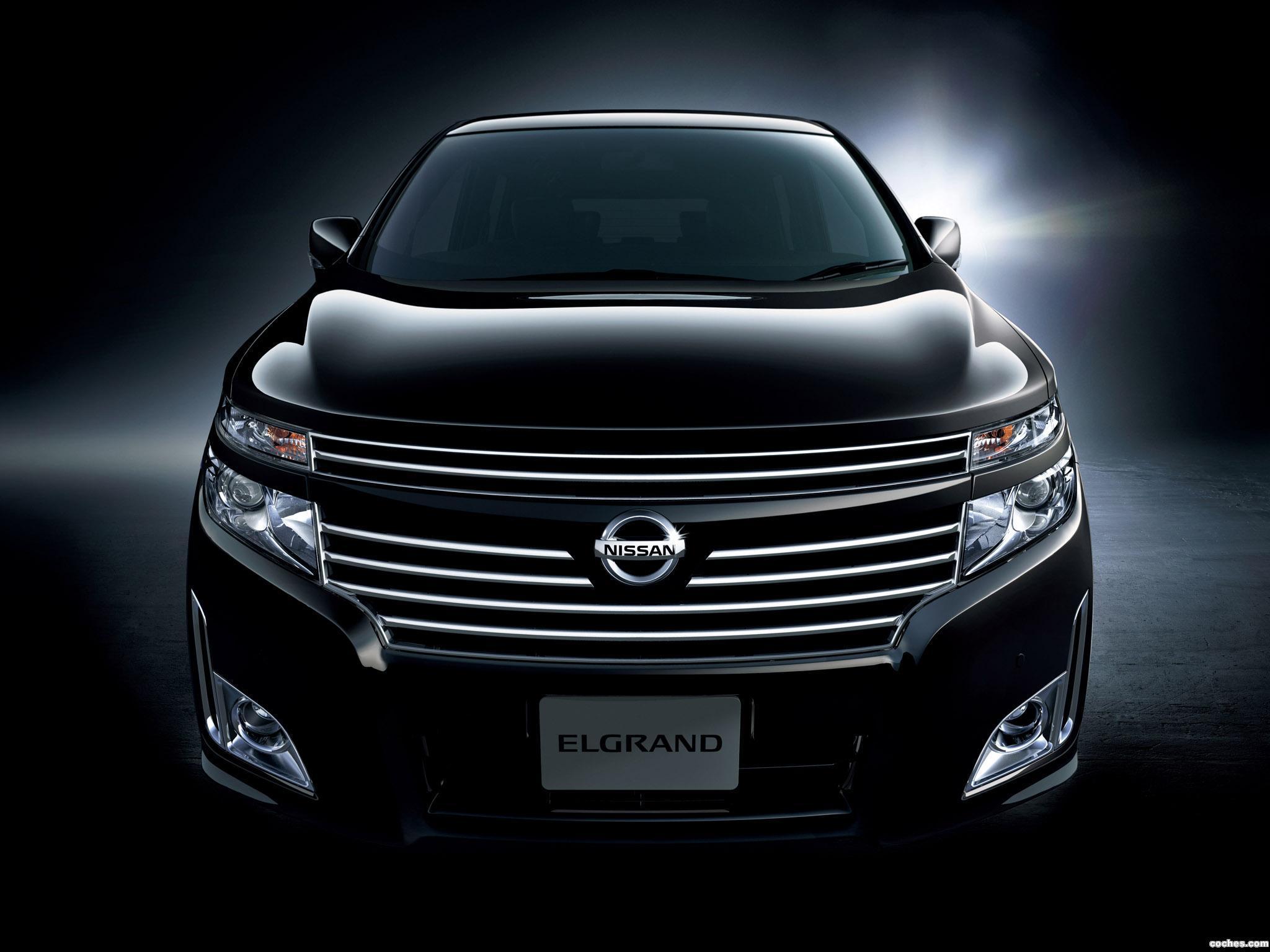 Foto 0 de Nissan Elgrand J42H 2010