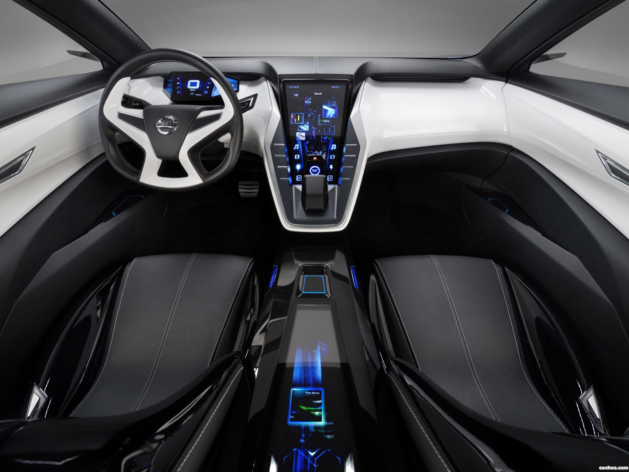 Foto 28 de Nissan Friend-ME Concept 2013
