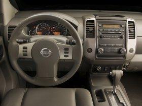 Ver foto 3 de Nissan Frontier Crew Cab 2008