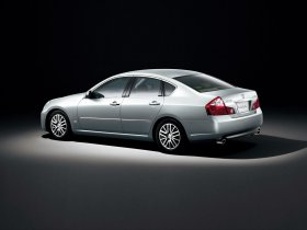 Ver foto 3 de Nissan Fuga 2004