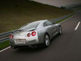 Ver foto 48 de Nissan GT-R 2008