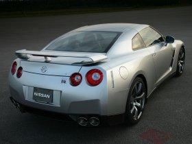 Ver foto 40 de Nissan GT-R 2008