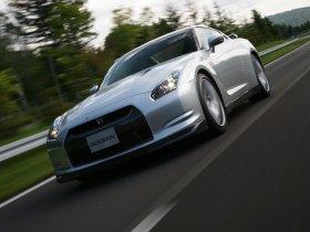Ver foto 38 de Nissan GT-R 2008