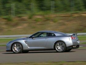 Ver foto 29 de Nissan GT-R 2008