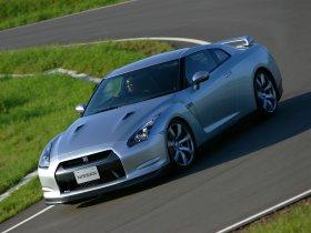 Ver foto 26 de Nissan GT-R 2008
