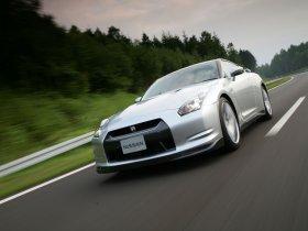 Ver foto 23 de Nissan GT-R 2008