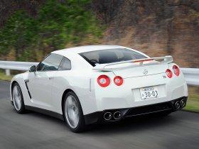 Ver foto 10 de Nissan GT-R 2008