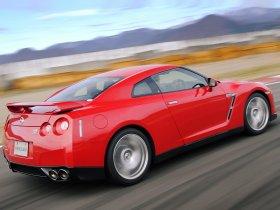 Ver foto 9 de Nissan GT-R 2008